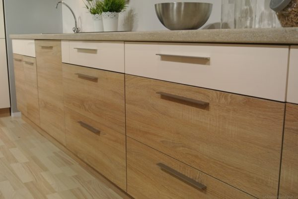 D40S4 dolní skříňka kuchyň Luna
